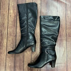 NEW Life Stride heeled boots